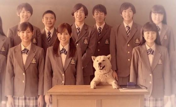 Softbanks Otosan møder Maeda Atsuko og Golden Bomber
