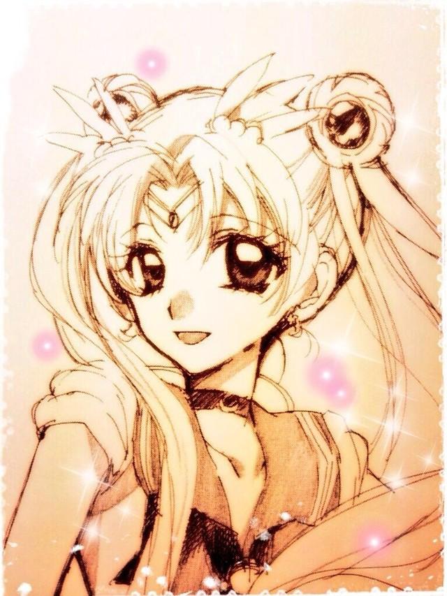 "Mangaka Arina Tanemura tegner ""Sailor Moon"""