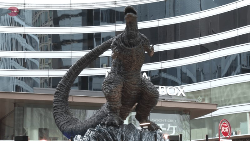 Tokyo har fået en ny Godzilla statue