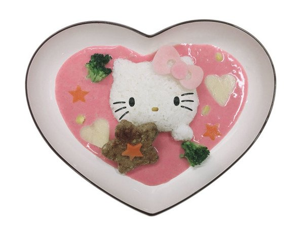 Hello Kitty's Love Pink Curry (1500 yen)