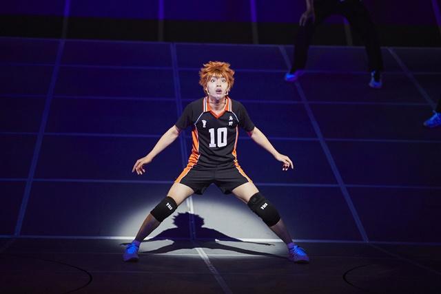 """Fotos fra det seneste Haikyu!! Stage Play """"The Dumpster Battle"""" med Karasuno vs. Nekoma"""